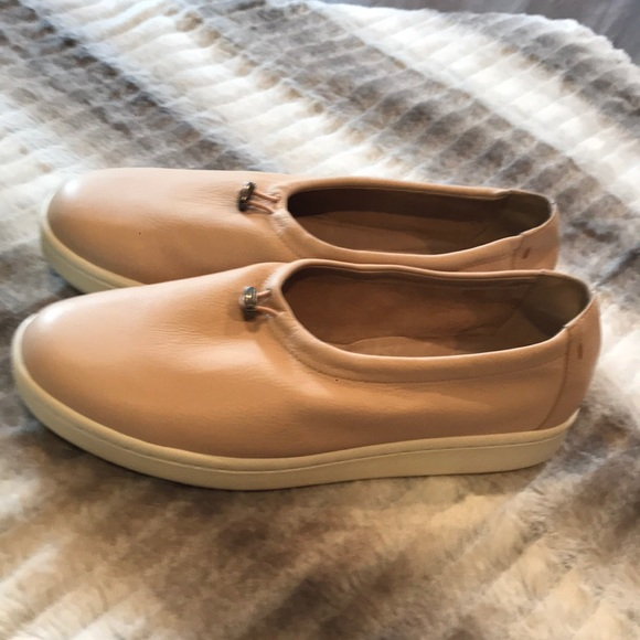 Eileen Fisher- Leather Sneakers Size 9